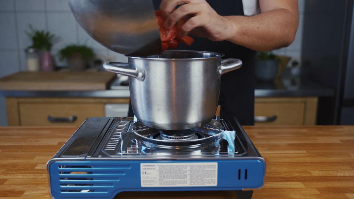 Ketchup selber machen - Tomaten in Topf